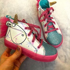 Despicable Me Fluffy the Unicorn High Top Sneakers